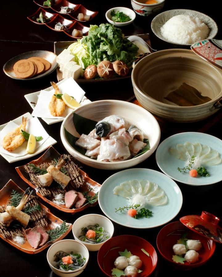 とらふく鍋・山口極上の宴 2.5時間飲み放題付 全9品 10,000円(税込)